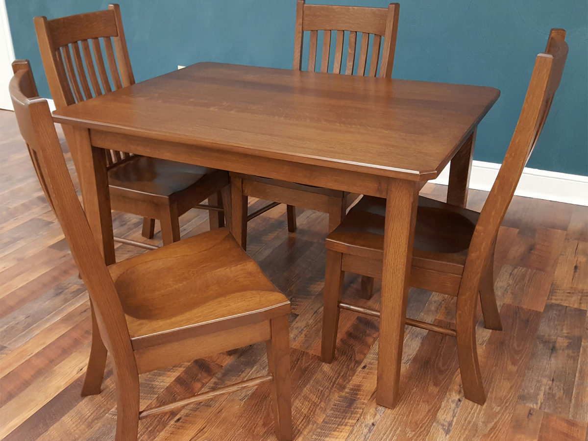 Amish dining room table highest clarity photographs